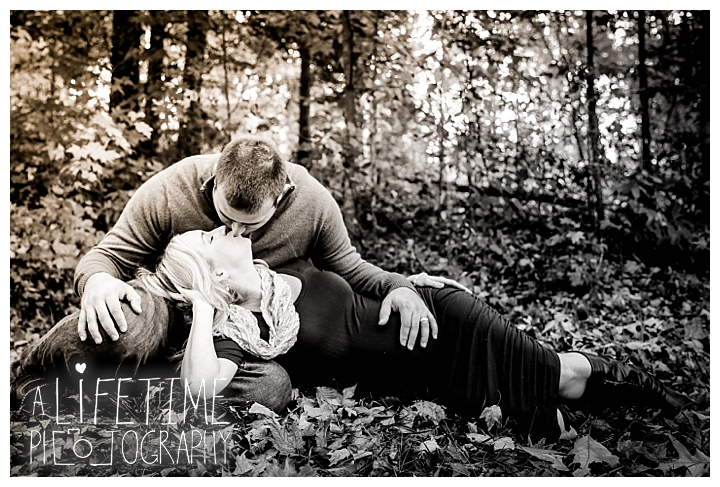 maternity-photographer-family-gatlinburg-pigeon-forge-knoxville-sevierville-dandridge-seymour-smoky-mountains-couple_0025