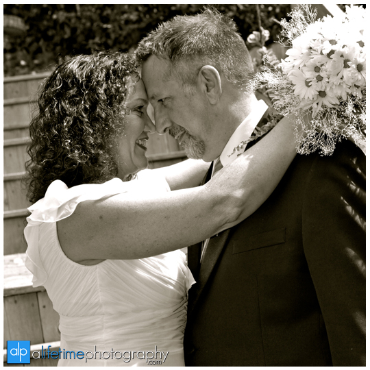 older_Wedding_Couple_Photographer_Jonesborough_TN_Johnson_City_Tri_Cities_Backyard_Country_Home_house_pics_Pictures