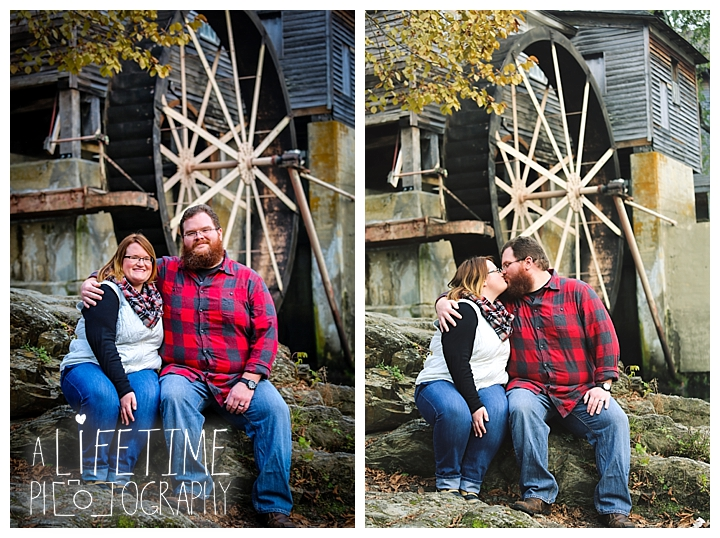 one-year-anniversary-photospatriot-park-townsend-photographer-family-gatlinburg-pigeon-forge-knoxville-sevierville-dandridge-seymour-smoky-mountains-couple_0053