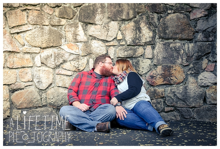 one-year-anniversary-photospatriot-park-townsend-photographer-family-gatlinburg-pigeon-forge-knoxville-sevierville-dandridge-seymour-smoky-mountains-couple_0058