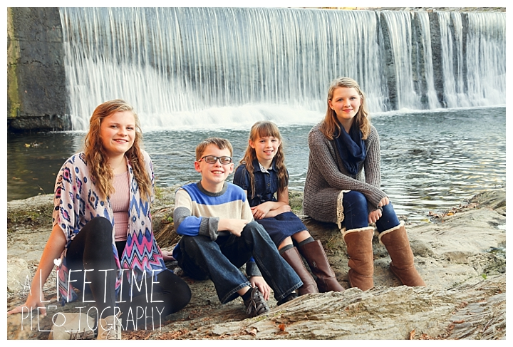 photographer-gatlinburg-pigeon-forge-knoxville-family-smoky-mountains-sunset-pictures-kids-senior-wedding-patriot-park-old-mill-waterfall_0070