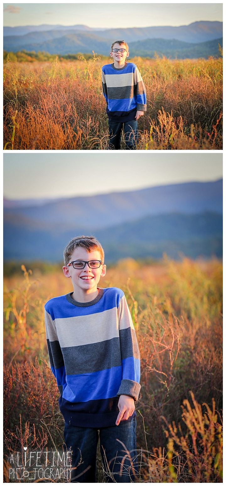 photographer-gatlinburg-pigeon-forge-knoxville-family-smoky-mountains-sunset-pictures-kids-senior-wedding-patriot-park-old-mill-waterfall_0081
