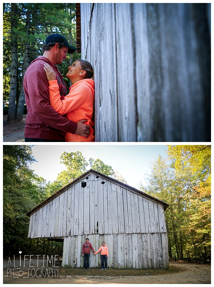 proposal-couple-photographer-cades-cove-smoky-mountains-gatlinburg-pigeon-forge-seviervile-knoxville-townsend-tennessee_0075