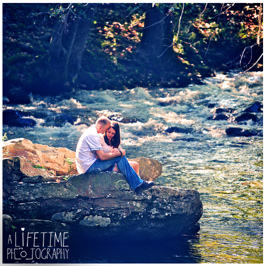 secret-proposal-photographer-Gatlinburg-Pigeon-Forge-Sevierville-Knoxville-Maryville-TN-wedding-marriage-engagement-Emerts-Cove-Covered-Bridge-Pittman-Center-Smoky-Mountains-Girlfriend-7