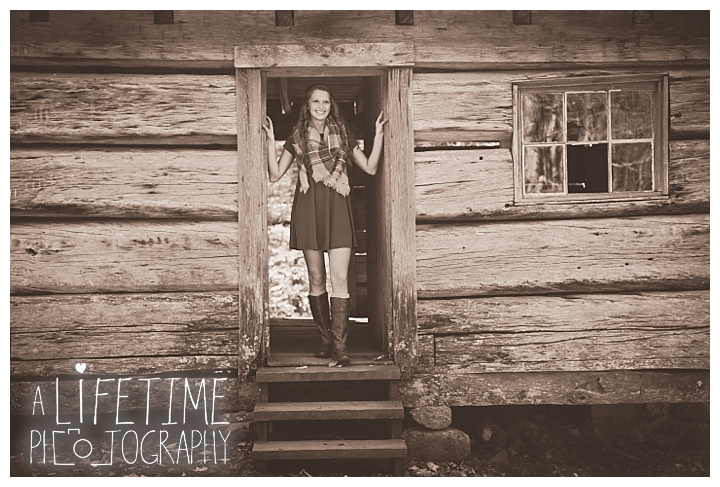 senior-photographer-knoxville-sevierville-pigeon-forge-dandridge-gatlinburg-seymour-smoky-mountains_0103