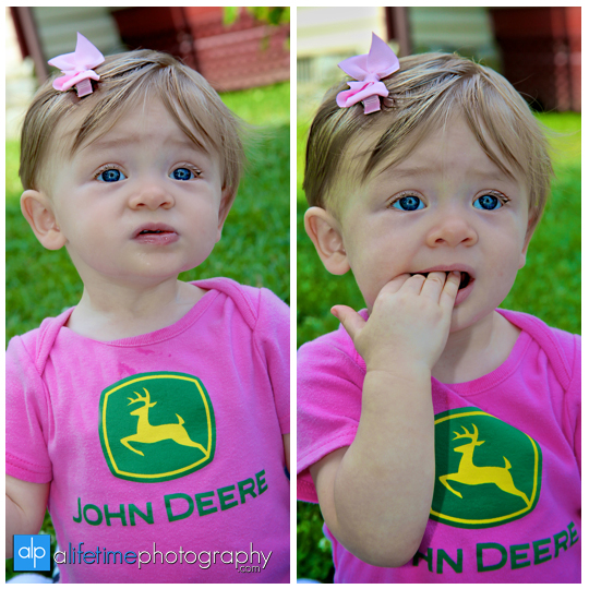 twin-baby-girls-children-kids-twins-Knoxville-TN-Jonesborough-Johnson-City-Birthday-photography-photographer-john-deer-cake-smash-one-year-old-Kodak-family-downtown-Kingsport-Bristol-Tri-Cities-Gray-Seymour-Sevierville-Maryville-4