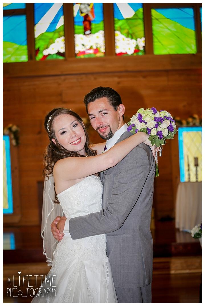 wedding-photographer-bristol-tn-johnson-city-kingsport-fern-valley-farm-blountville-knoxville-photos-bride-groom_0034