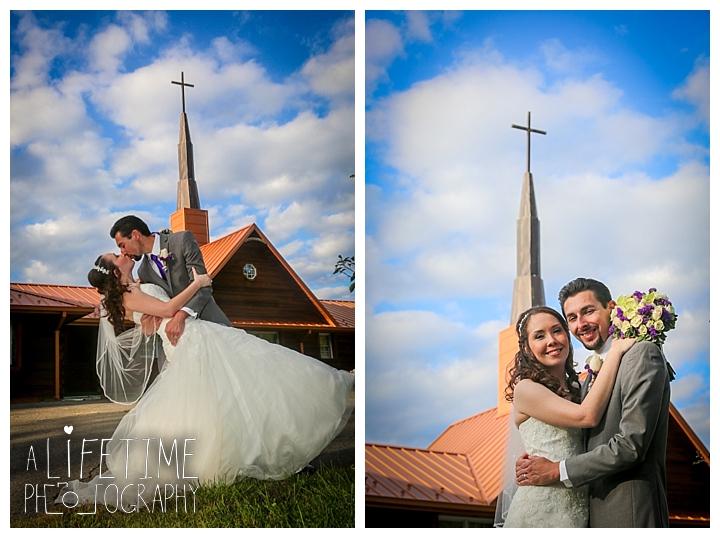 wedding-photographer-bristol-tn-johnson-city-kingsport-fern-valley-farm-blountville-knoxville-photos-bride-groom_0035