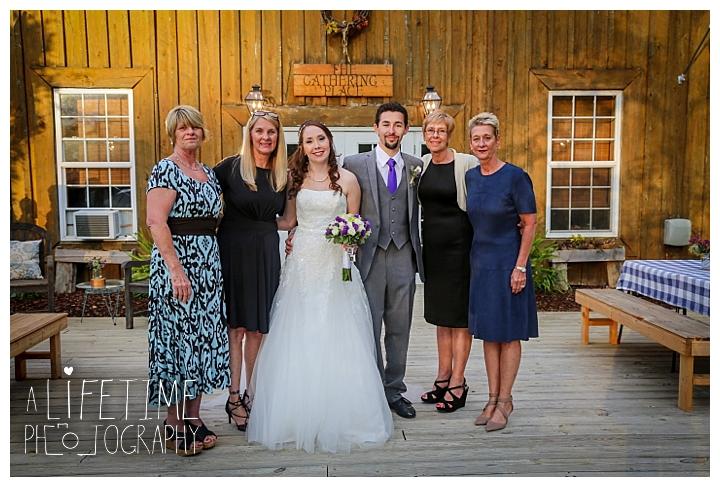 wedding-photographer-bristol-tn-johnson-city-kingsport-fern-valley-farm-blountville-knoxville-photos-bride-groom_0039