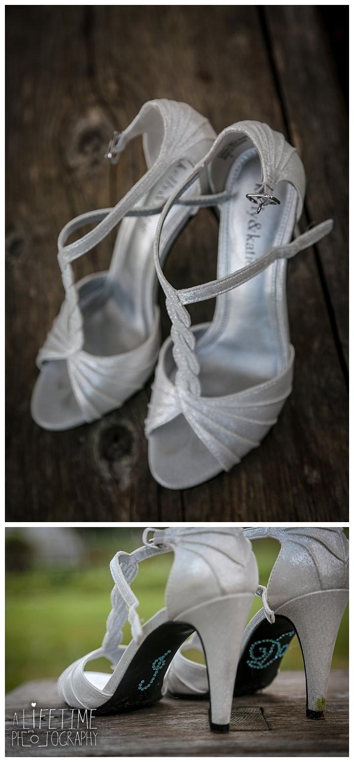 wedding-photographer-bristol-tn-johnson-city-kingsport-fern-valley-farm-blountville-knoxville-photos-bride-groom_0046