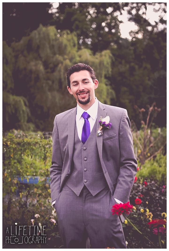 wedding-photographer-bristol-tn-johnson-city-kingsport-fern-valley-farm-blountville-knoxville-photos-bride-groom_0053