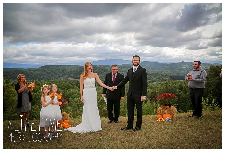wedding-photographer-smoky-mountains-foothills-parkway-the-sink-gatlinburg-pigeon-forge-seviervile-knoxville-townsend-tennessee_0090