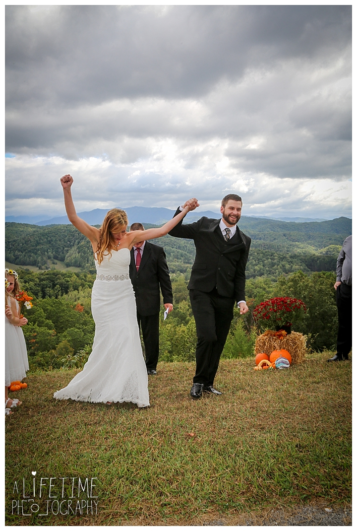 wedding-photographer-smoky-mountains-foothills-parkway-the-sink-gatlinburg-pigeon-forge-seviervile-knoxville-townsend-tennessee_0091