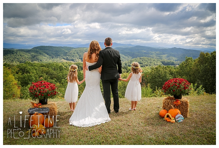 wedding-photographer-smoky-mountains-foothills-parkway-the-sink-gatlinburg-pigeon-forge-seviervile-knoxville-townsend-tennessee_0094
