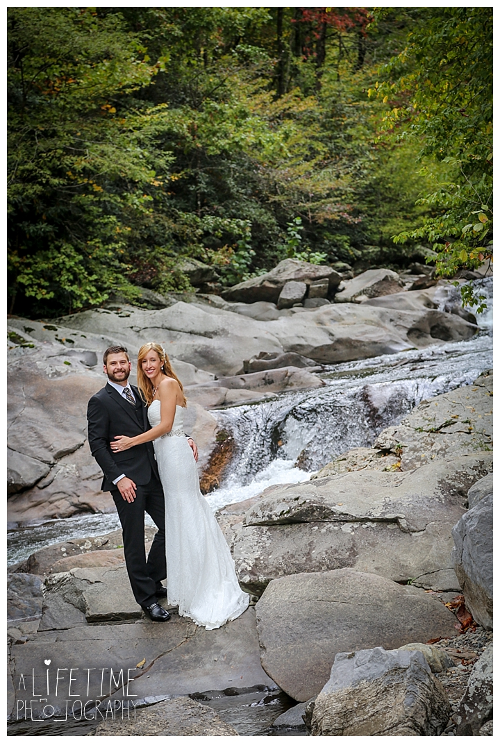 wedding-photographer-smoky-mountains-foothills-parkway-the-sink-gatlinburg-pigeon-forge-seviervile-knoxville-townsend-tennessee_0098