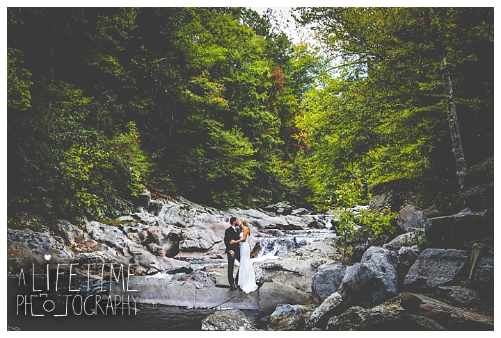 wedding-photographer-smoky-mountains-foothills-parkway-the-sink-gatlinburg-pigeon-forge-seviervile-knoxville-townsend-tennessee_0099