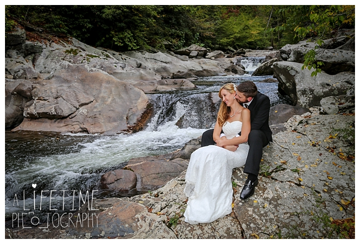 wedding-photographer-smoky-mountains-foothills-parkway-the-sink-gatlinburg-pigeon-forge-seviervile-knoxville-townsend-tennessee_0100