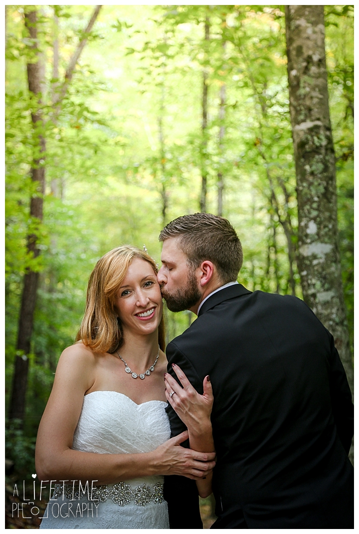 wedding-photographer-smoky-mountains-foothills-parkway-the-sink-gatlinburg-pigeon-forge-seviervile-knoxville-townsend-tennessee_0108